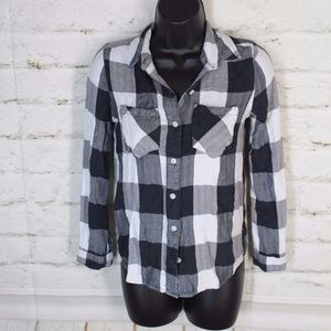 Sonoma • Gray White Plaid Button-Down Shirt