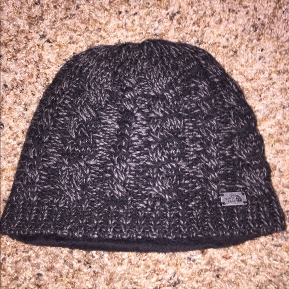 The North Face Women s Fuzzy Cable Beanie! M 5a328068ea3f36be84020f2d 9463230a61c