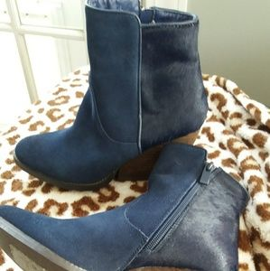 Blue suede  shoes ankle boot
