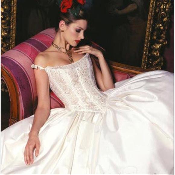 St. Pucchi Dresses   St Pucchi Wedding Dress Sz0   Poshmark