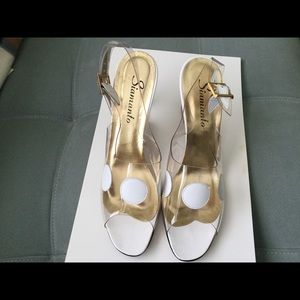 """Shoes - White and clear acrylic 3.5"""" heels Size 10N"""