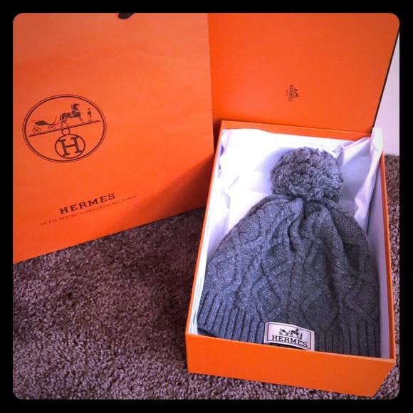 2bb4cce7de0 🎁🎁Authentic Hermes Winter Hat