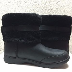 UGG Shoes - Ugg Australia Black Brielle Boots Size 7 New