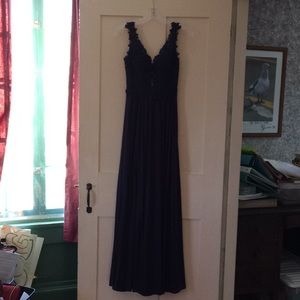 ac193afedb0 Sherri Hill Dresses - Sherri Hill Long V-Neck Embroidered Bodice Dress