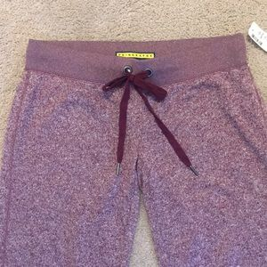 Pants - BNWT comfy maroon jogger sweatpants in size S