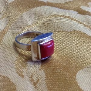 Jewelry - Vintage Red Coral Modernist Ring