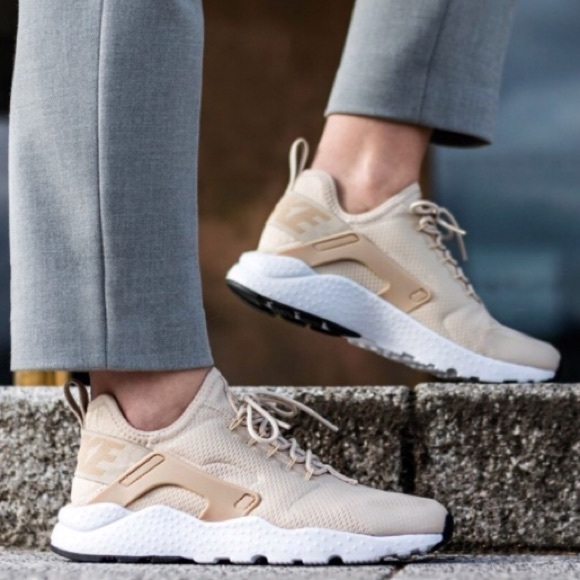 Nike women s huaraches beige nude white shoes ff582095f