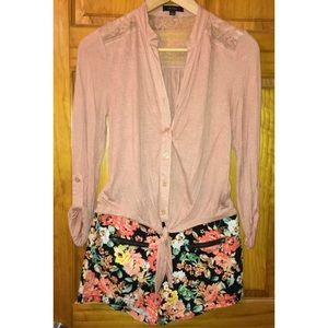 MINE Shorts - 🐱Bundle Me!🐱 Floral Shorts NWT