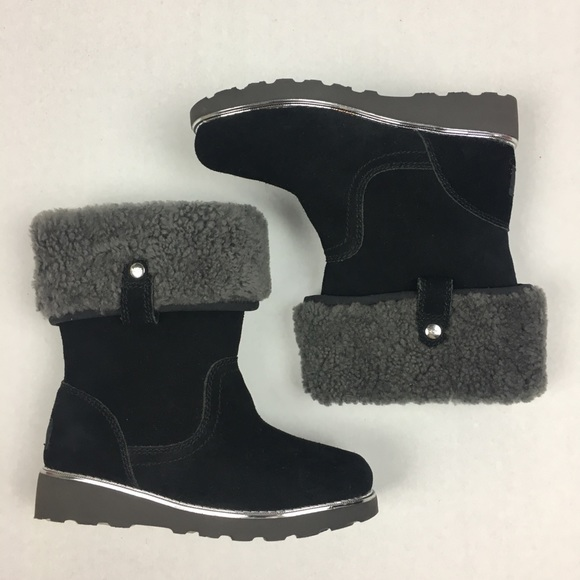 0b3b69cc4f9 Ugg girl boots size 13 kids suede shoes Wool black NWT