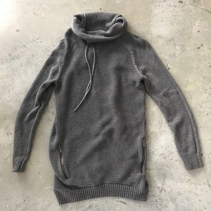 Sweaters - Gray Oversized Long Sweater with Zipper Pockets