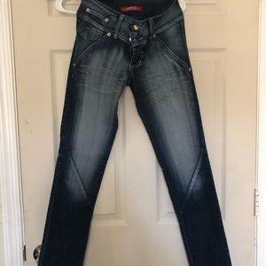 801b4535d372 Colombian Jeans