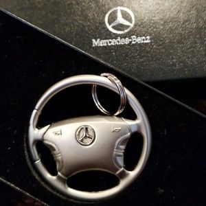Accessories - MBZ steering wheel key chain