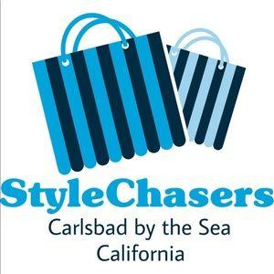 stylechasers ! s Closet ( stylechasers)   Poshmark 8f57508b3c